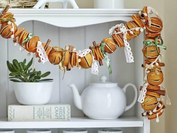 dried-orange-christmas-garland-1280.jpg
